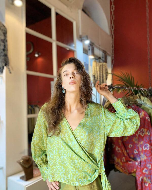 Blusa incrociata in seta - Verde - Barbara